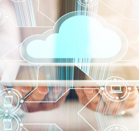 """Cloud Hosting: Administre su empresa en """"La Nube"""""""